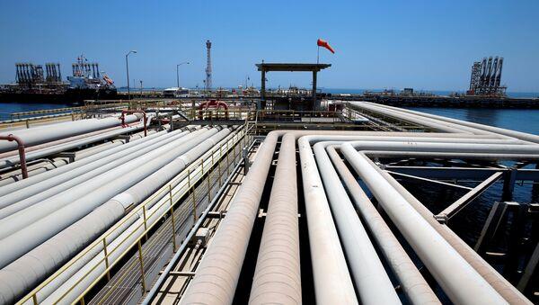 Infrastruktura naftowa w Arabii Saudyjskiej. - Sputnik Polska