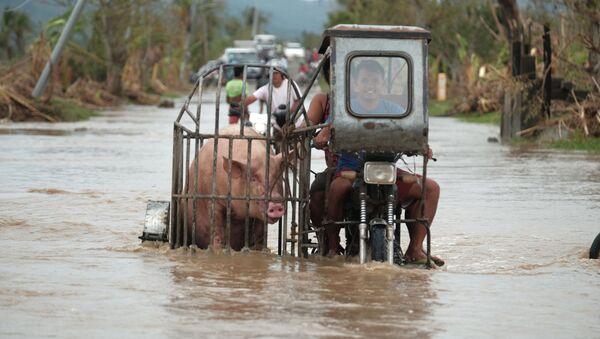 Rośnie liczba ofiar tajfunu na Filipinach - Sputnik Polska