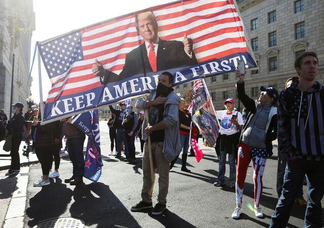 Zwolennicy Donalda Trump w Waszyngtonie.