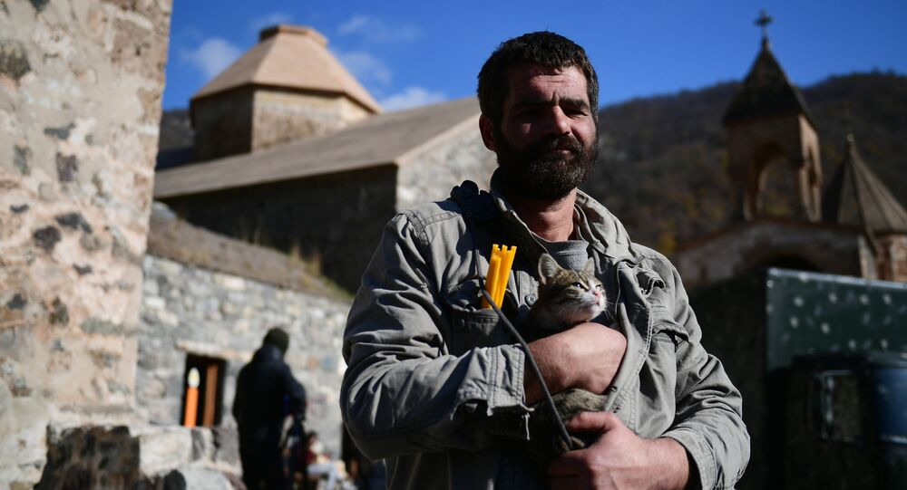 Klasztor we wsi Dadiwank w Górskim Karabachu