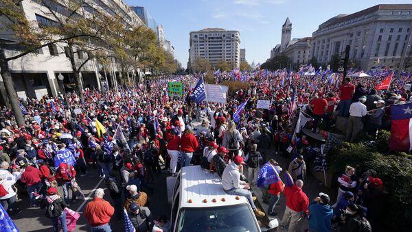 Zwolennicy Donalda Trumpa w Waszyngtonie, 14.11.2020 r. - Sputnik Polska