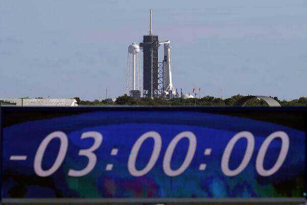 Start rakiety Falcon 9 ze statkiem załogowym Crew Dragon - Sputnik Polska