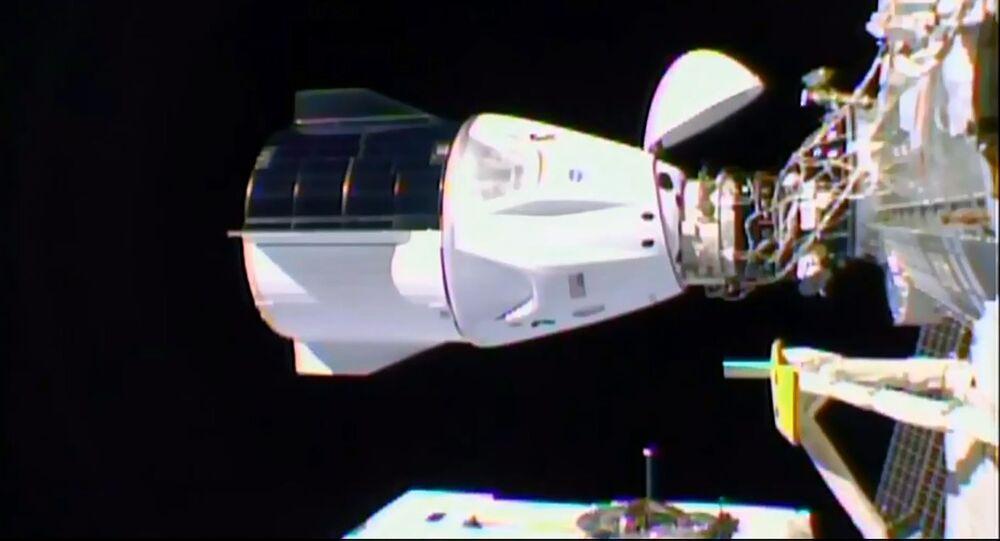 Statek Crew Dragon firmy SpaceX zadokował do MSK