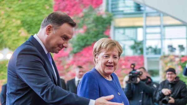 Andrzej Duda i Angela Merkel - Sputnik Polska