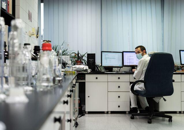 Węgry otrzymały pierwsze próbki rosyjskiej szczepionki Sputnik V przeciwko koronawirusowi