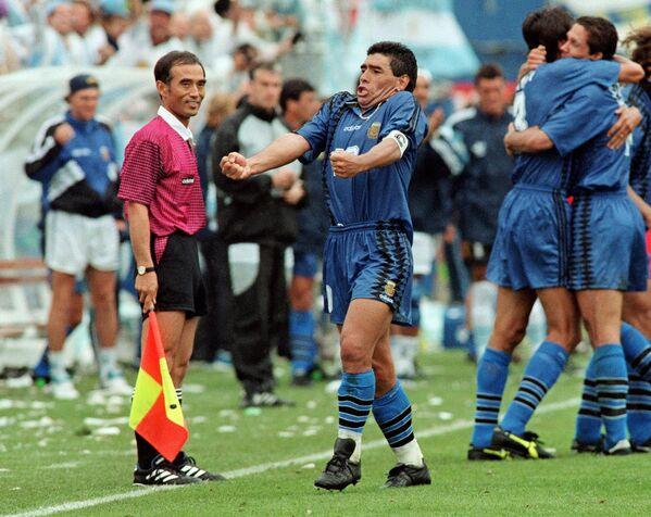 Diego Maradona podczas Mistrzostw Świata 1994 roku - Sputnik Polska