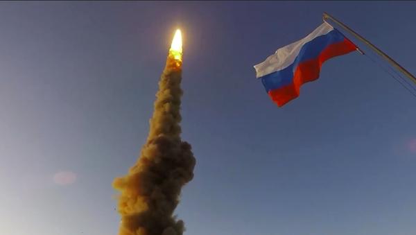 Rosyjskie siły powietrzne przetestowały nowy pocisk przeciwrakietowy - Sputnik Polska