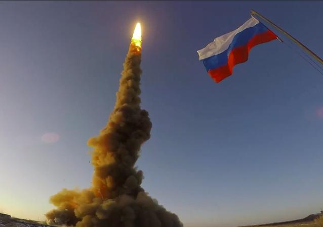 Na poligonie Sary-Shagan rosyjskie siły powietrzne przetestowały nowy pocisk przeciwrakietowy