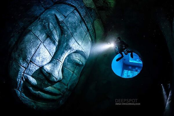 Najgłębszy basen na świecie Deepspot w Polsce - Sputnik Polska