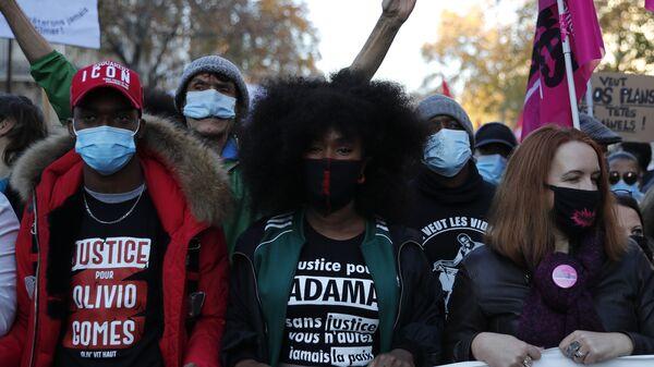 Akcja protestu w Paryżu - Sputnik Polska