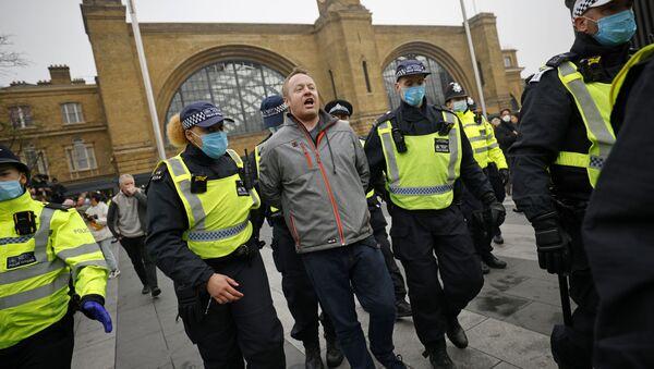 Zatrzymania w Londynie - Sputnik Polska