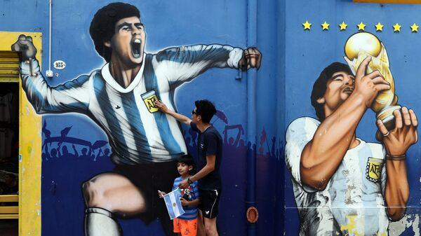 Graffiti z Diego Maradoną - Sputnik Polska
