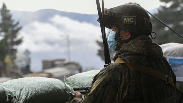 Rosyjski żołnierz w Karabachu - Sputnik Polska