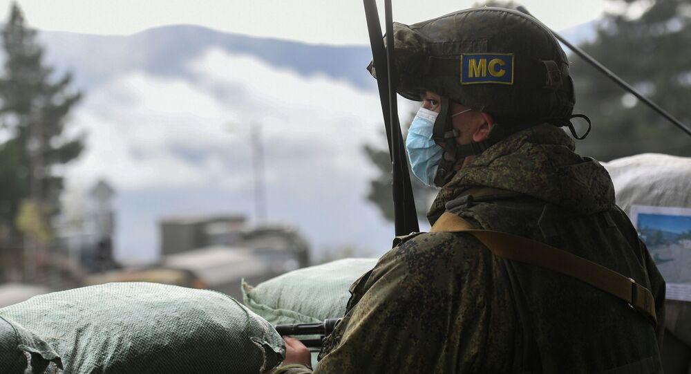 Rosyjski żołnierz w Karabachu.