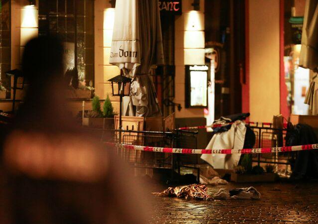 Niemcy: samochód wjechał na deptak w Trewirze, 1 grudnia 2020
