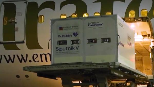 """""""Sputnik V"""" dostarczony do Indii: będą przeprowadzane badania kliniczne - Sputnik Polska"""