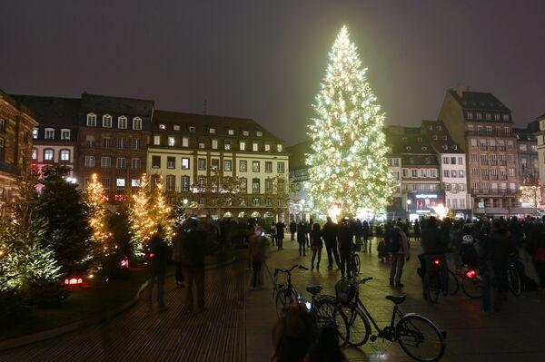 Plac centralny w Strasburgu, Francja - Sputnik Polska