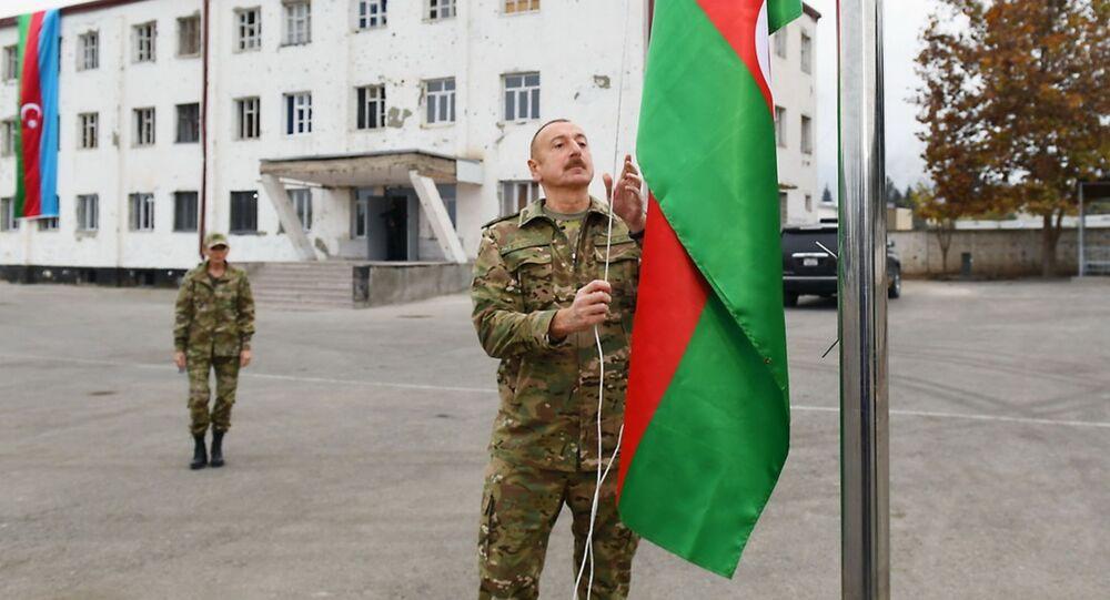 Prezydent Azerbejdżanu Ilham Alijew i pierwsza dama Mehriban Alijewa podczas wizyty w Karabachu