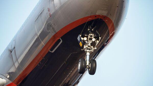 Podwozie samolotu pasażerskiego linii lotniczych Aeroflot - Sputnik Polska