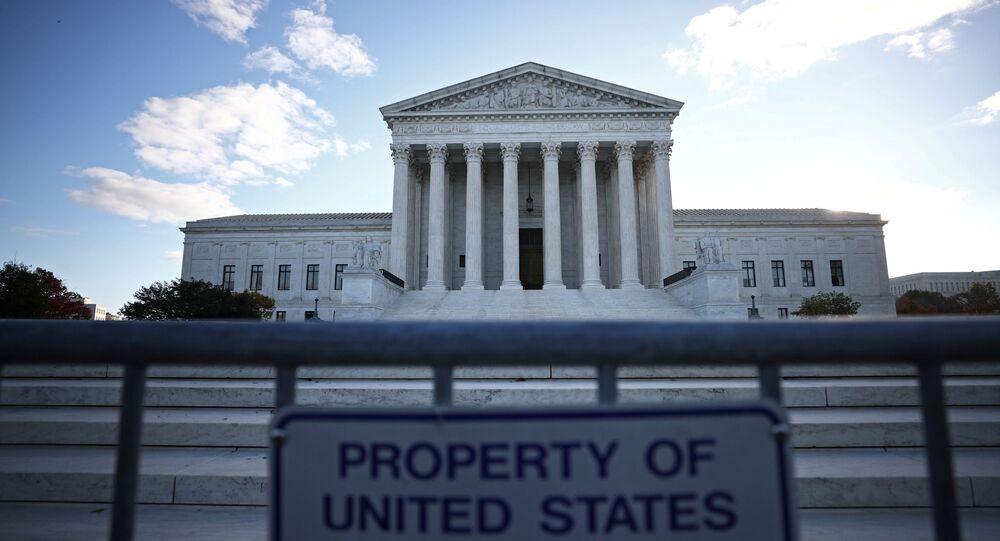 Sąd Najwyższy Stanów Zjednoczonych, Waszyngton