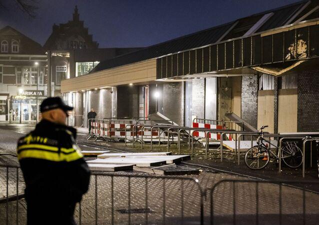 Eksplozja w polskim supermarkecie w centrum Beverhof w Holandii