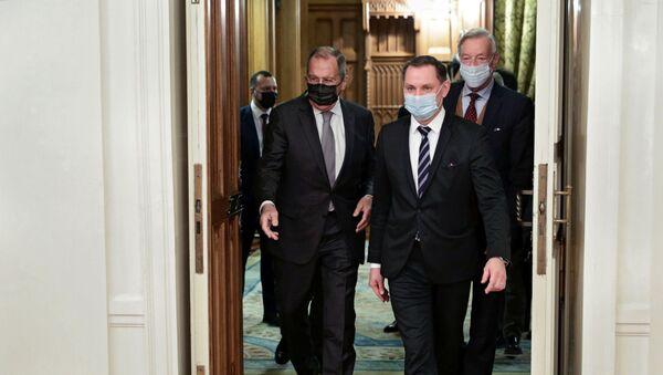 Minister spraw zagranicznych Rosji Siergiej Ławrow spotkał się z przedstawicielami niemieckiej partii opozycyjnej Alternatywa dla Niemiec w Moskwie. - Sputnik Polska