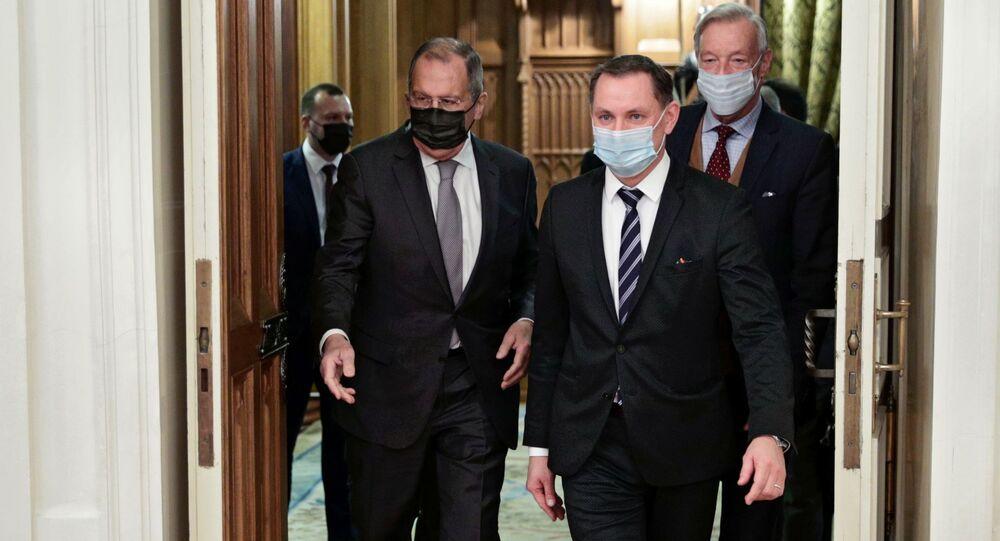 Minister spraw zagranicznych Rosji Siergiej Ławrow spotkał się z przedstawicielami niemieckiej partii opozycyjnej Alternatywa dla Niemiec w Moskwie.