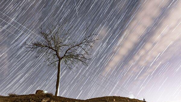 Szczyt deszczu meteorytów Geminidów - Sputnik Polska