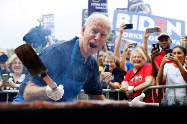 Joe Biden podczas kampanii wyborczej - Sputnik Polska
