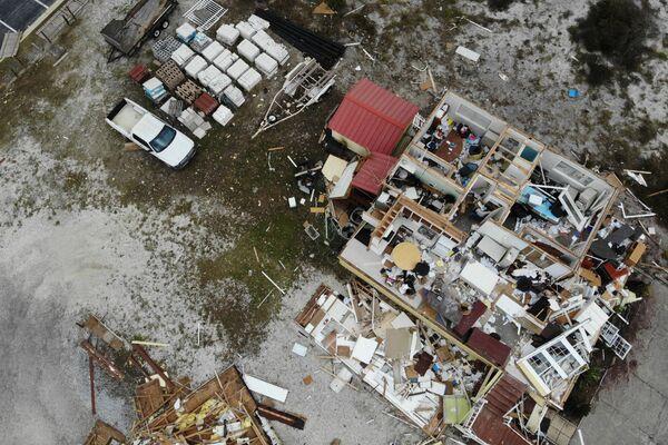 Dom zniszczony podczas huraganu Sally w USA - Sputnik Polska
