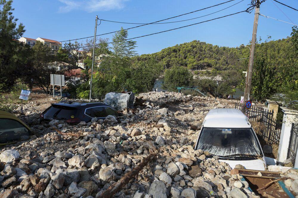 Konsekwencje burzy tropikalnej Janos w Grecji