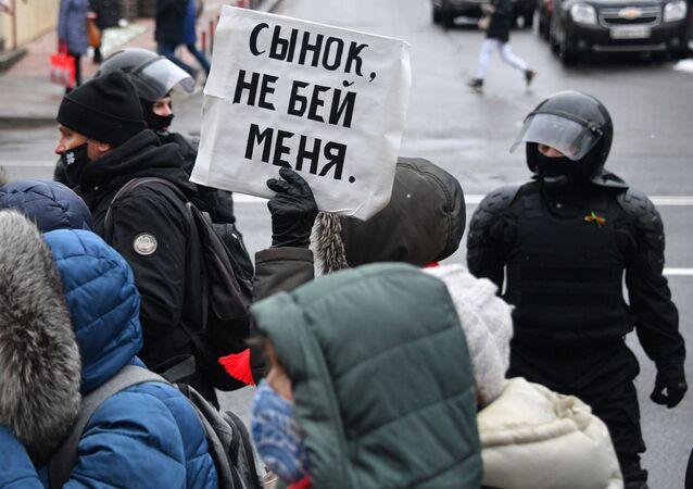 Protesty opozycji w Mińsku