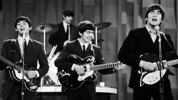 Paul McCartney, Ringo Starr, George Harrison i John Lennon podczas występu w Nowym Jorku - Sputnik Polska