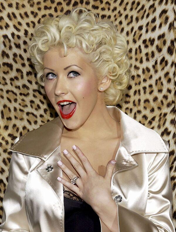 Christina Aguilera w Beverly Hills, 2005 rok - Sputnik Polska