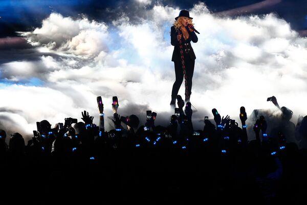 Christina Aguilera występuje w Madison Square Garden, 2015 rok - Sputnik Polska