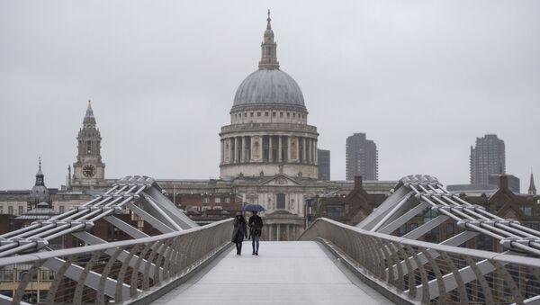 Most Millennium Bridge w Londynie  - Sputnik Polska