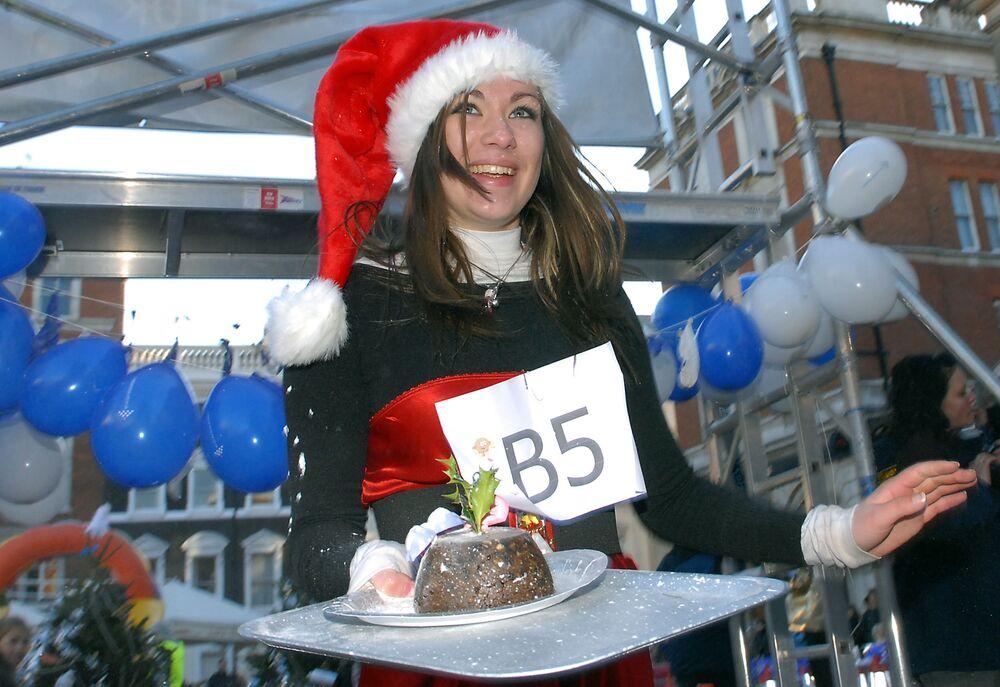 """Wyścigi """"Pudding Bożonarodzeniowy"""" w Londynie"""