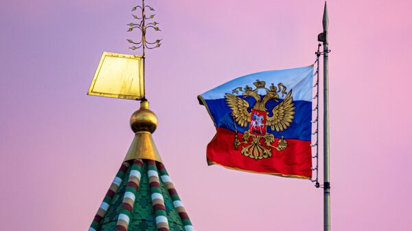 Flaga Rosji na Kremlu - Sputnik Polska