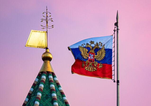 Flaga Rosji na Kremlu