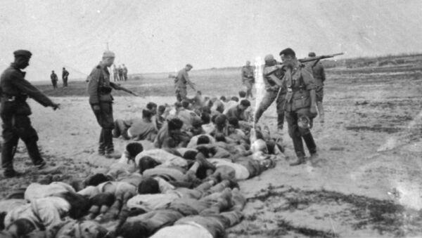Egzekucja ludności cywilnej na czasowo okupowanym terytorium Związku Radzieckiego - Sputnik Polska