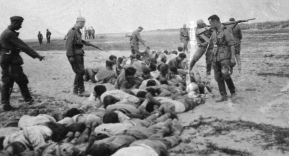 Egzekucja ludności cywilnej na czasowo okupowanym terytorium Związku Radzieckiego.
