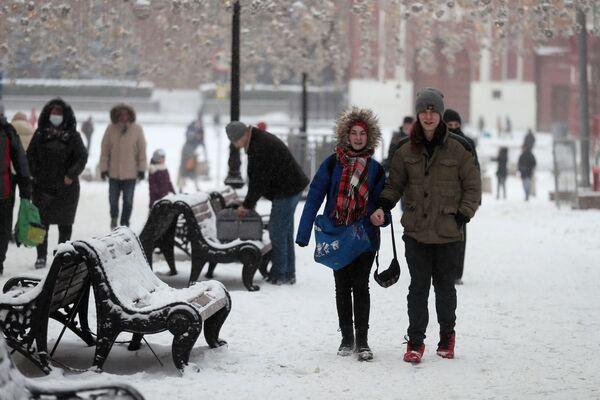Opady śniegu w Moskwie - Sputnik Polska