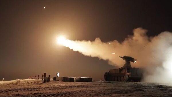 Testy przeciwlotniczego pocisku kierowanego 9M333 - Sputnik Polska