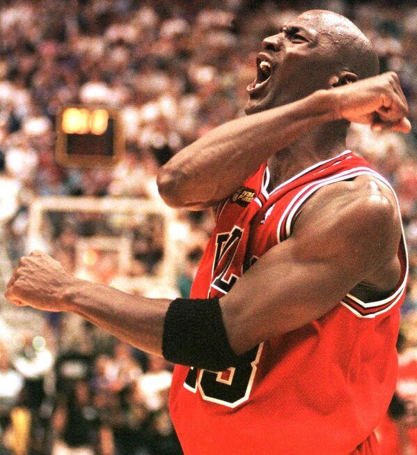 Michael Jordan z amerykańskiego klubu koszykarskiego Chicago Bulls - Sputnik Polska