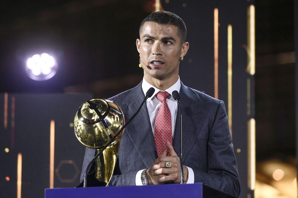 Piłkarz Cristiano Ronaldo na gali Globe Soccer Awards