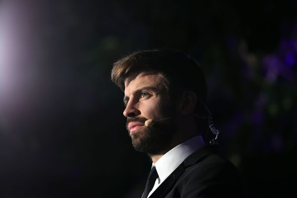 Piłkarz Gerard Pique na gali Globe Soccer Awards - Sputnik Polska