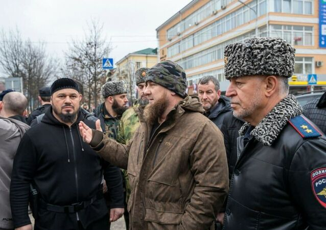 Ramzan Kadyrow w miejscu strzelaniny w centrum Groznego