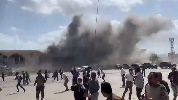 Eksplozja na lotnisku w Adenie w Jemenie - Sputnik Polska