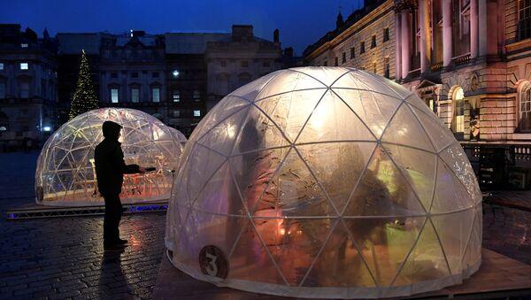 Winter Dome - jedzenie pod gołym niebem  - Sputnik Polska