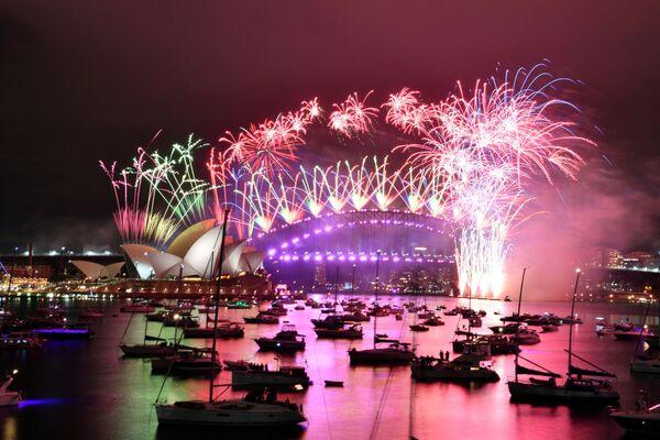 Fajerwerki z okazji Nowego Roku 2021 w Australii - Sputnik Polska